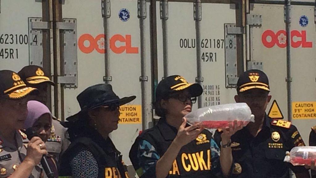 Cegah Penyelundupan, Sri Mulyani Minta Bea Cukai Perketat Keamanan Pelabuhan