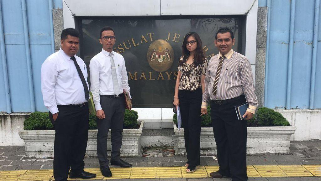 Wanita Cantik asal Medan Ngaku Dideportasi dari Malaysia, Protes ke Konjen