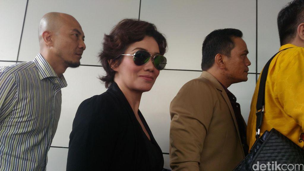 Reza Artamevia, Elma dan CTP Buka-bukaan Soal Ritual Seks di Padepokan Aa Gatot