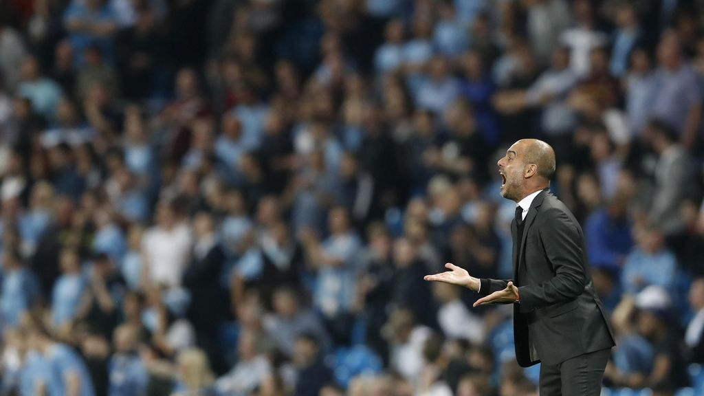 Guardiola Tak Akan Biarkan City Berpikir Terlalu Jauh