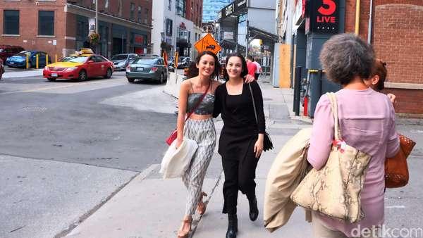 Ikut Julie Estelle dan Chelsea Islan Jalan-Jalan di Toronto Yuk!