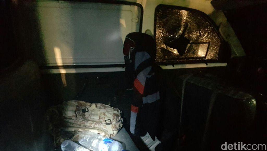 Kaca Pecah Ditembak, Jejak Perampokan Mobil Pengangkut Rp 8 M untuk ATM
