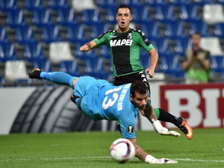 Sassuolo Hantam Atletico Bilbao 3-0