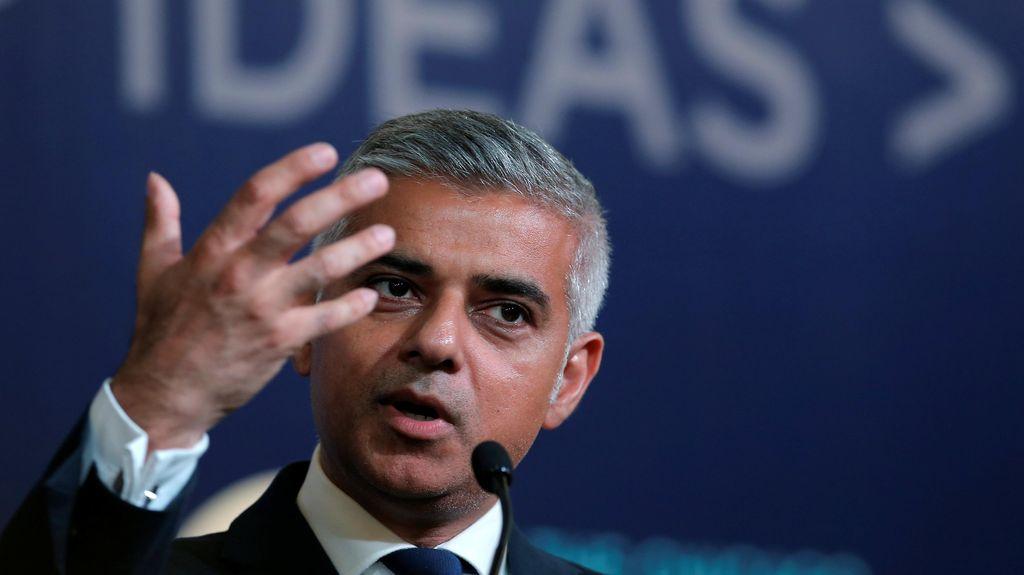 Wali Kota Muslim Pertama di London Dukung Hillary Clinton Jadi Presiden AS