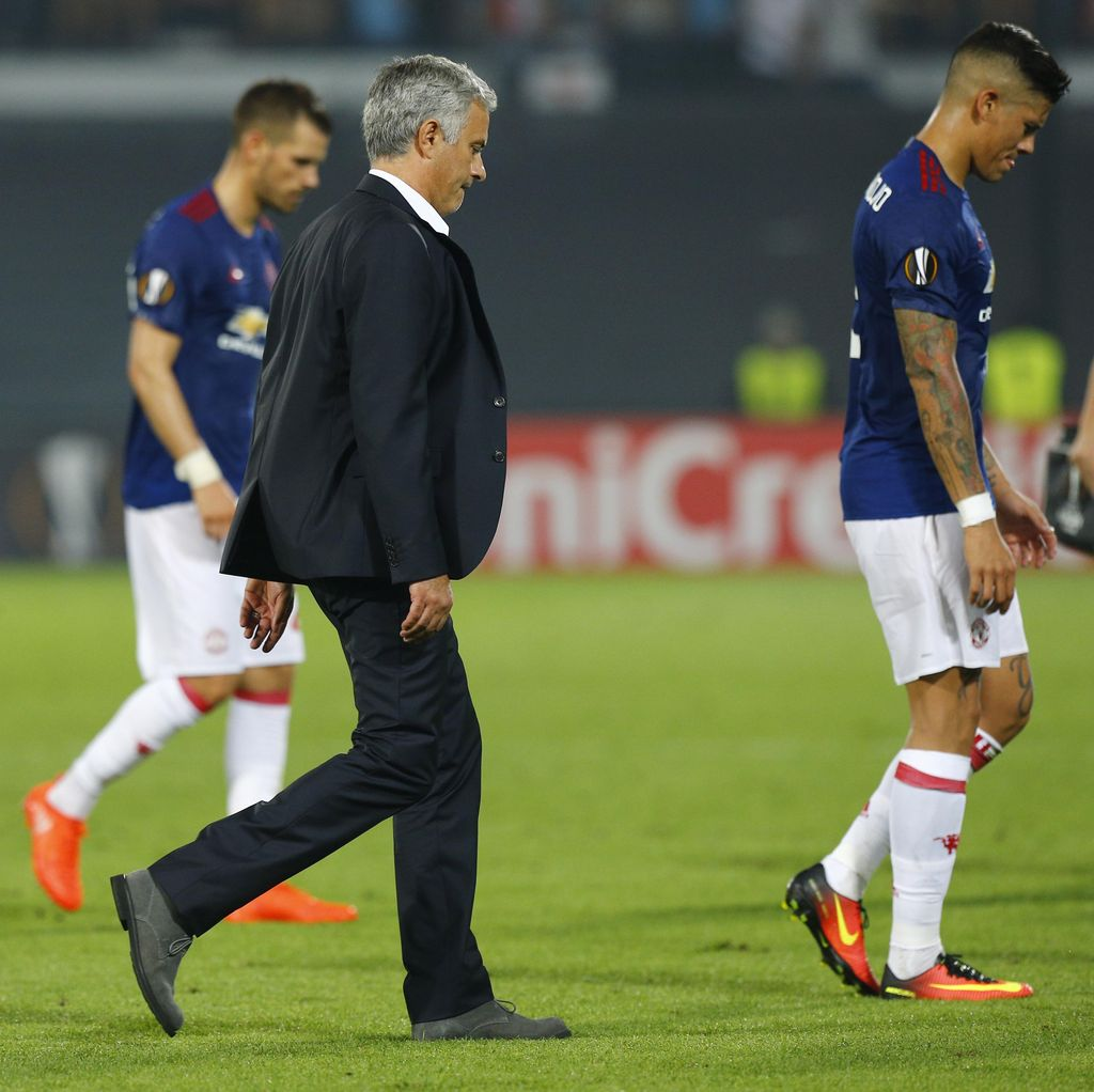 Mourinho Tak Gembira, Sebut Gol Feyenoord Offside