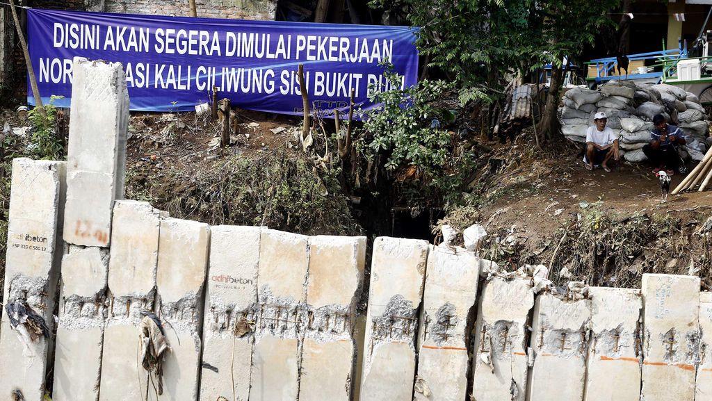 Penertiban Rumah Warga Bukit Duri, Ahok: Kalau Ada Sertifikat, Kita Beli!