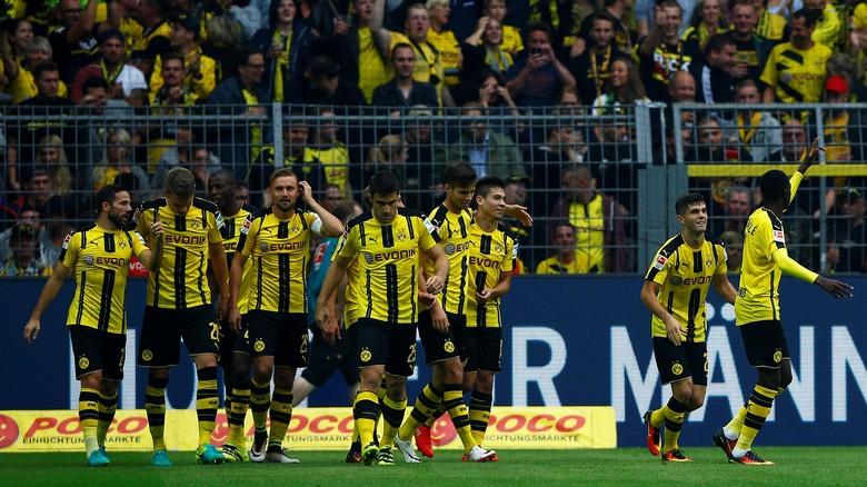 Setengah Lusin Gol Di Ceploskan Dortmund Ke Gawang Darmstadt