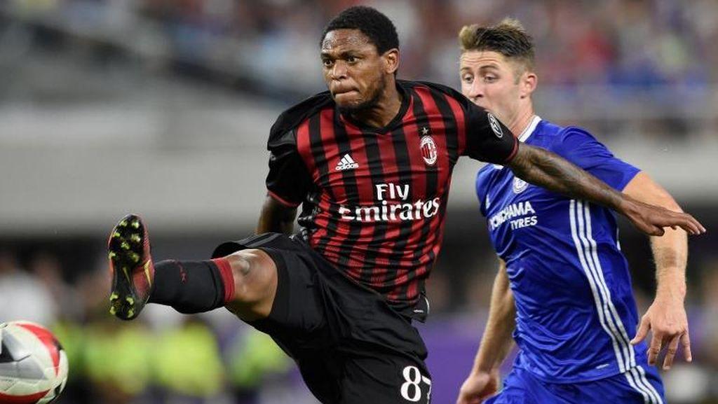 Luiz Adriano Tetap Berharga untuk Milan