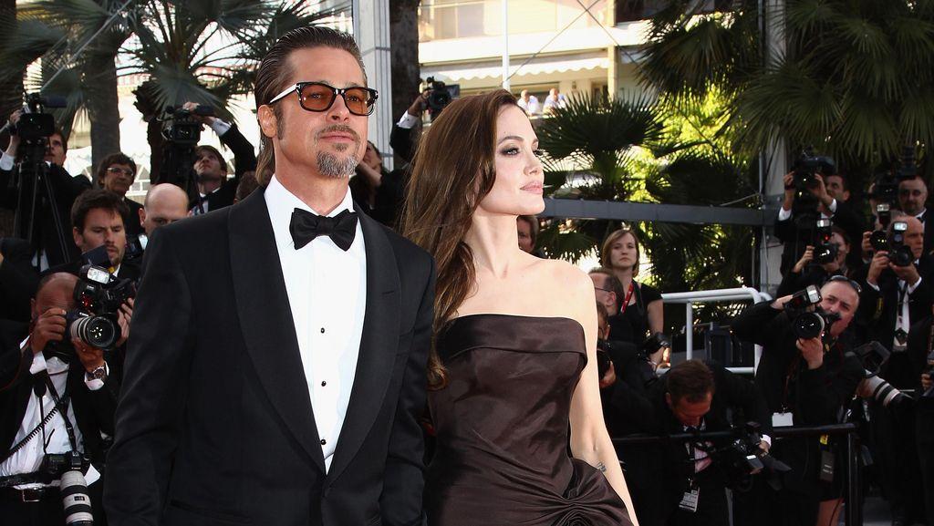 Pasca Gugat Cerai, Angelina Jolie Blok Nomor Ponsel Brad Pitt