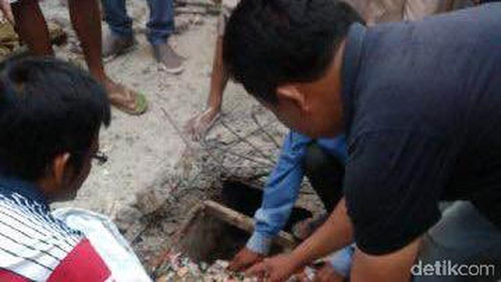 Sempat Hilang, Bocah 3 Tahun Ini Ditemukan Meninggal di Selokan