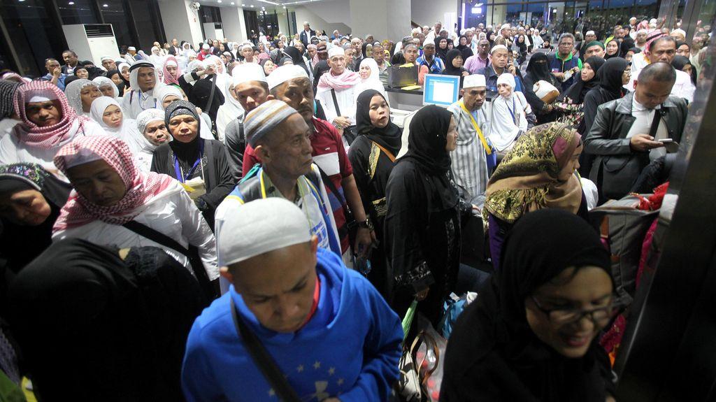 Cara Mencari Haji RI Berpaspor Filipina: Pasang Tanda hingga Tes Bahasa Tagalog