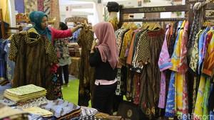 Pameran Fashion & Craft di JCC Senayan