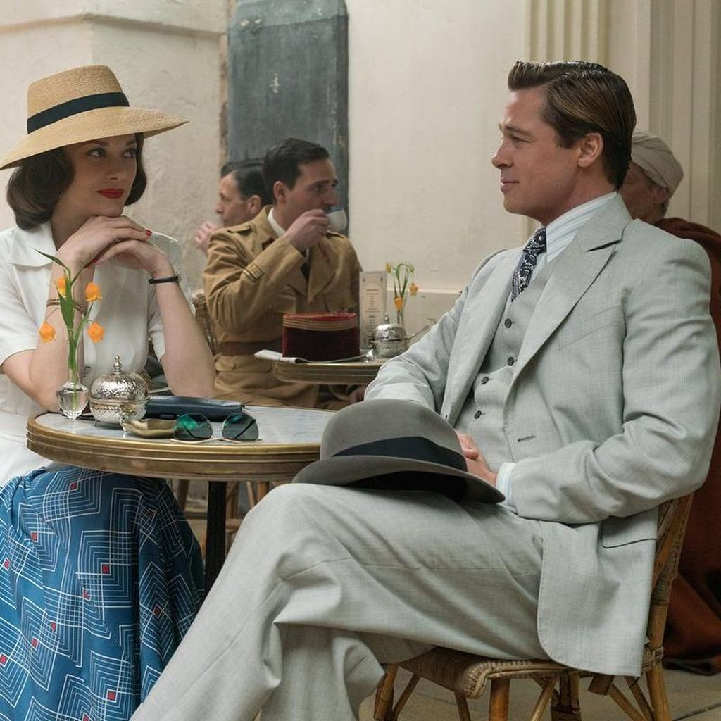 Mengintip Kemesraan Brad Pitt dan Marion Cotillard di Allied