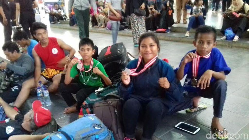 Malam Ini 13 Atlet PON Sulteng yang Terlantar di Jakarta Tiba di Palu