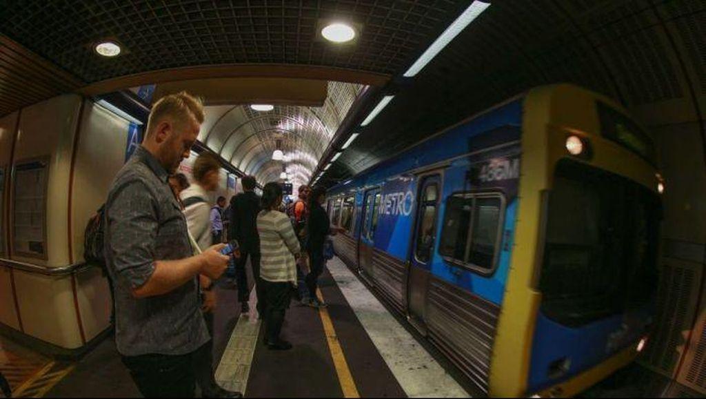 Kereta Komuter di Melbourne Semakin Sesak