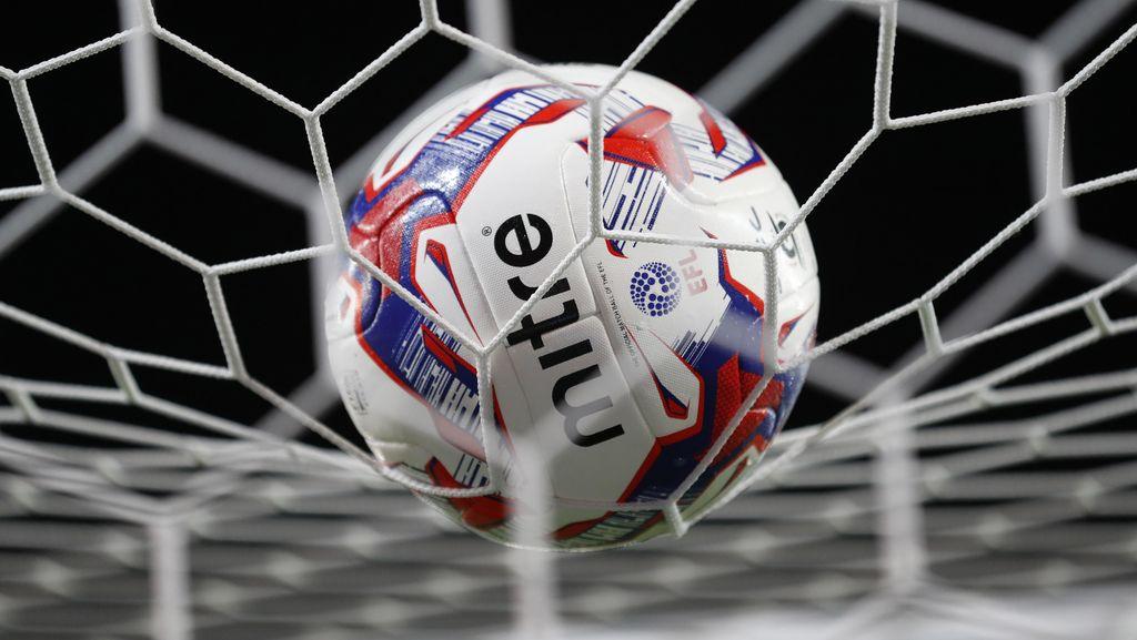 Babak Keempat Piala Liga Inggris: Derby Manchester, Liverpool vs Spurs