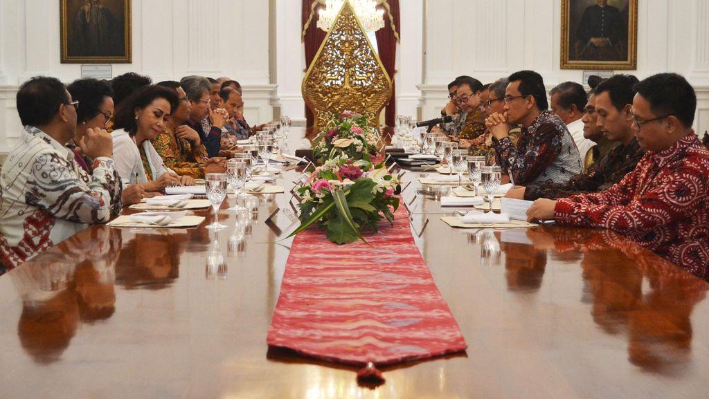 Jokowi Undang 22 Pakar Hukum ke Istana, Bahas Korupsi Hingga HAM
