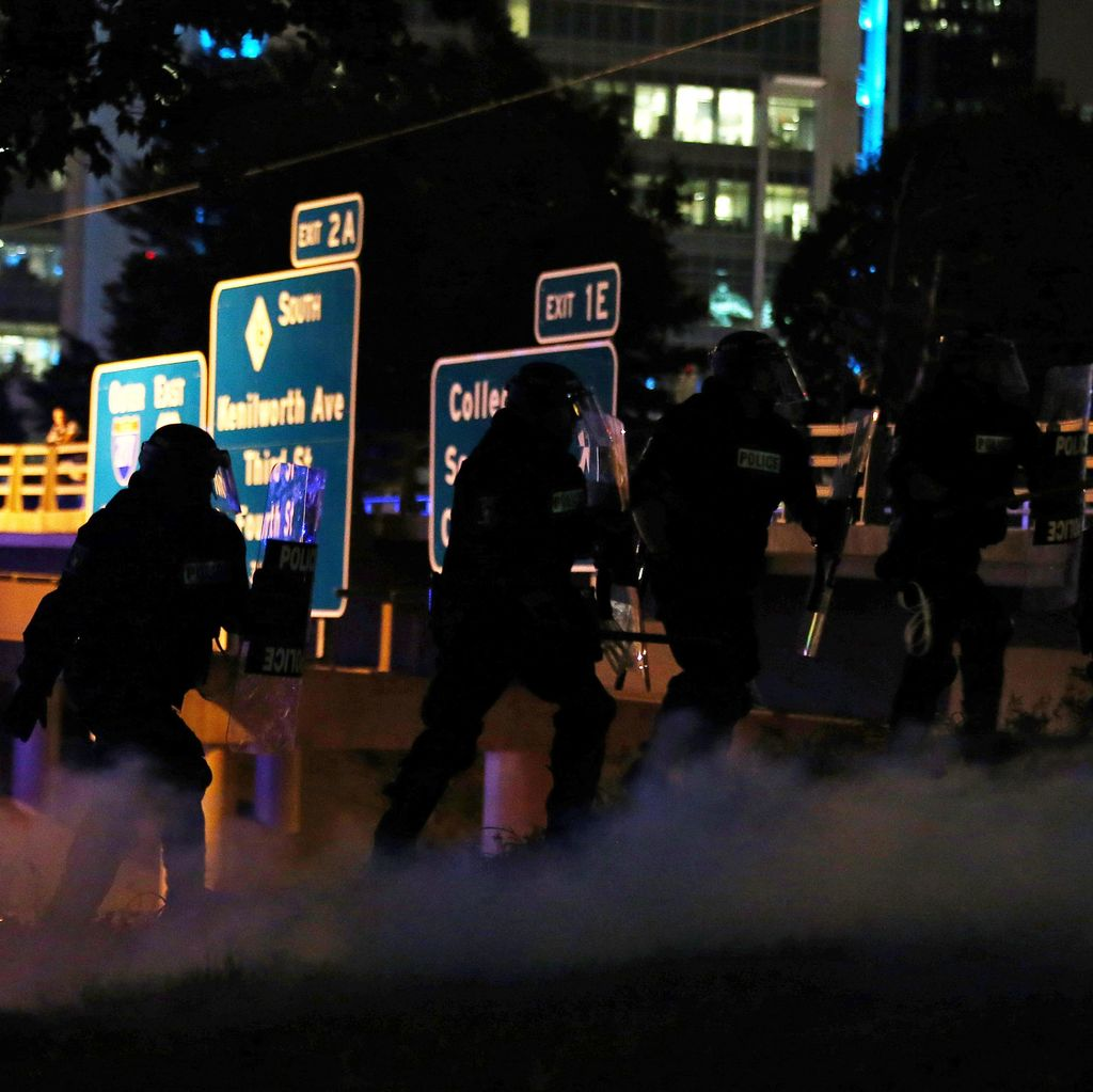 Ratusan Demonstran di North Carolina Blokir Jalanan dan Langgar Jam Malam