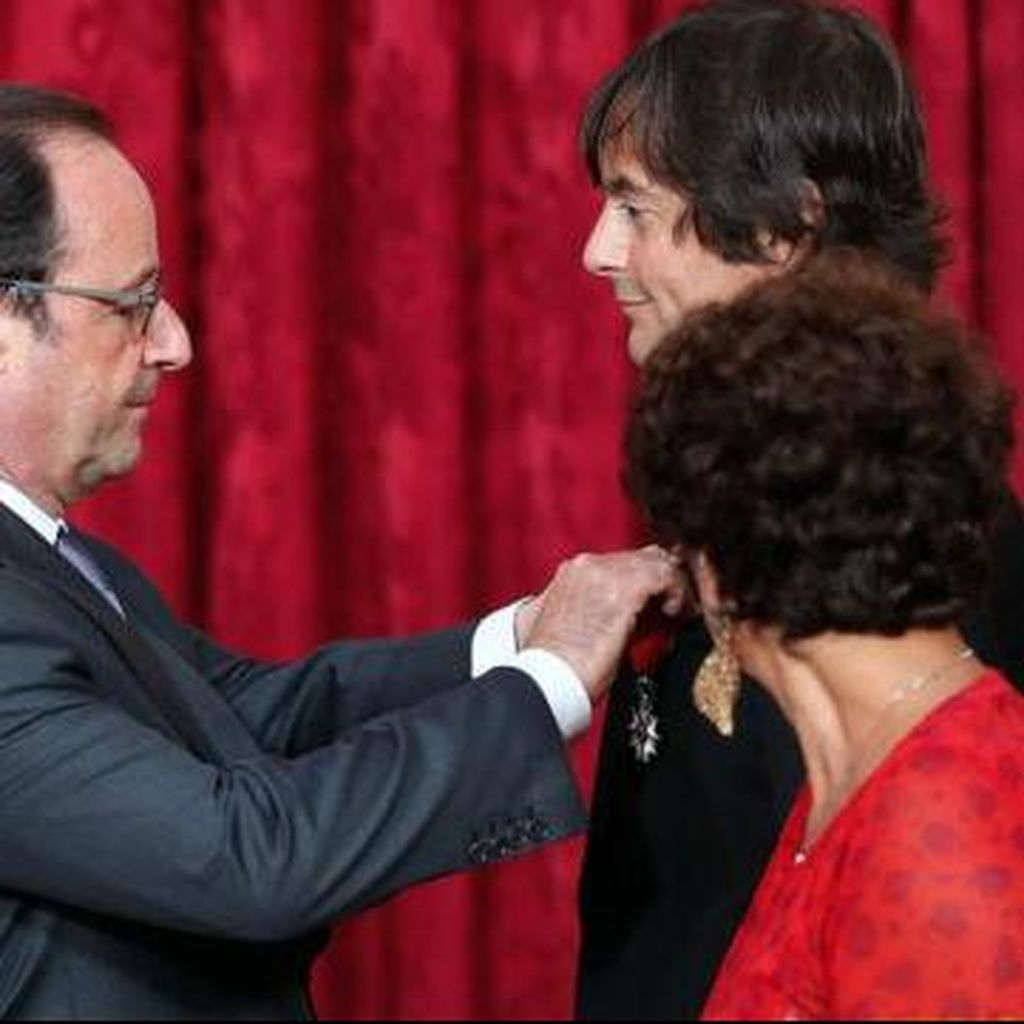 Presiden Hollande Beri Penghargaan Penggagal Serangan Kereta di Prancis
