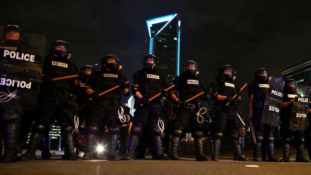Kerusuhan Mereda, Aturan Jam Malam di North Carolina Dicabut