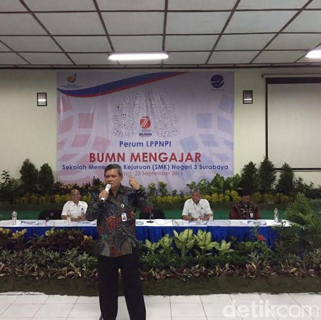 AirNav Indonesia Mengajar Siswa SMKN 3 Surabaya