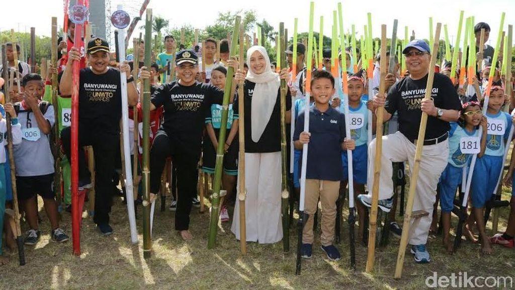 20 Ribu Pelajar Ramaikan Festival Permainan Tradisional