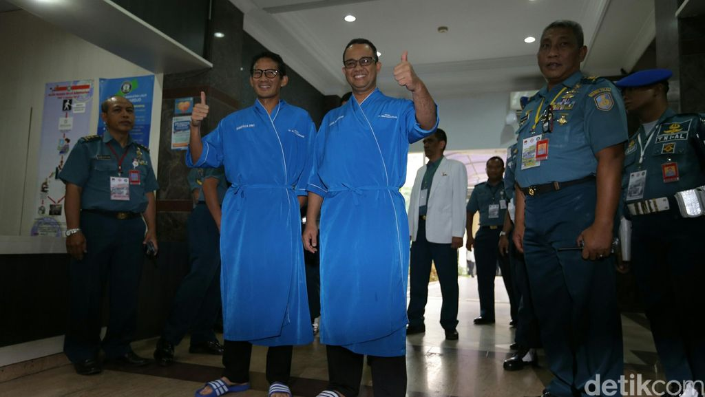 Anies-Sandiaga Pilih Cara Jokowi untuk Lakukan Relokasi