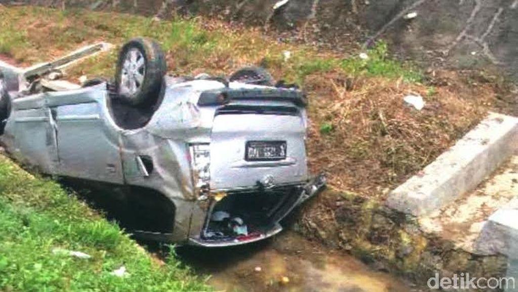 Bripka Anita Meninggal Setelah Kendaraannya Terguling di Tol Cipali