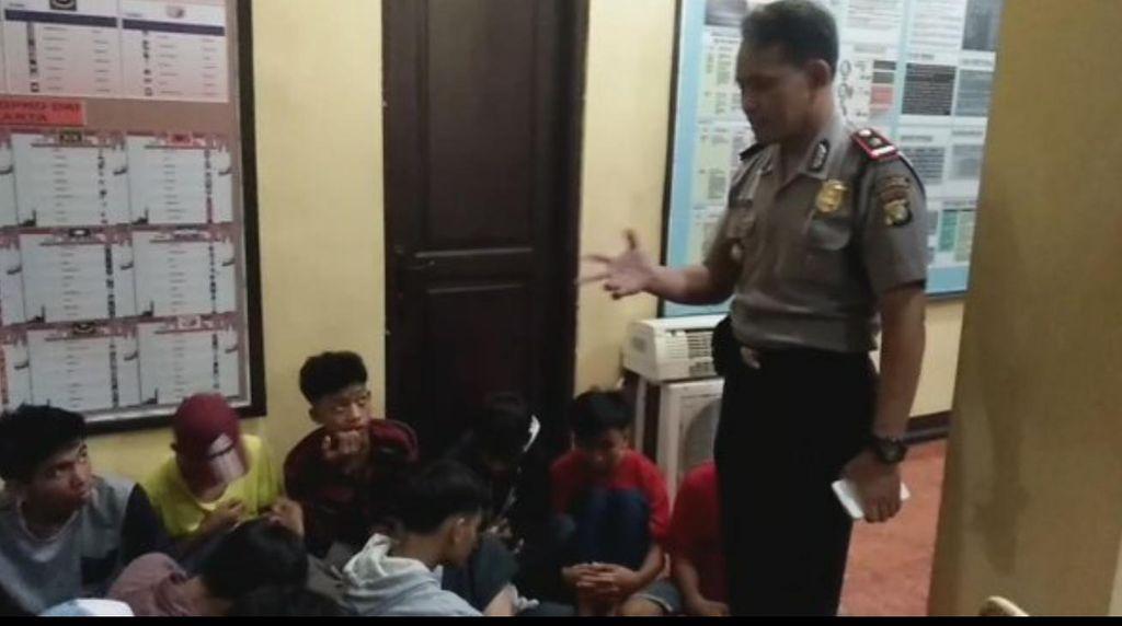 20 Pelajar SMP yang Hendak Tawuran Diamankan dan Diceramahi Kapolsek Cilandak