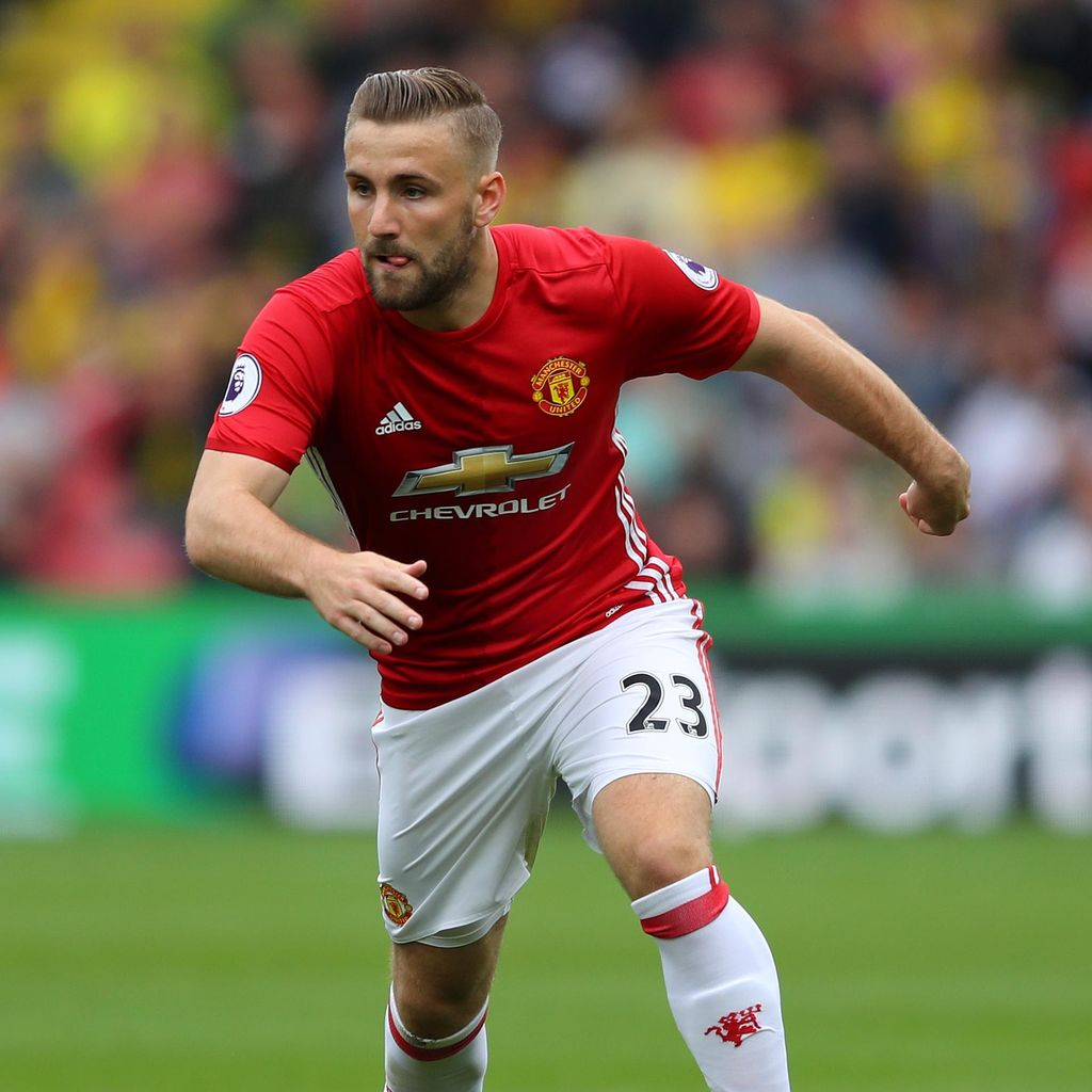 Luke Shaw Terima Kritik dari Mourinho