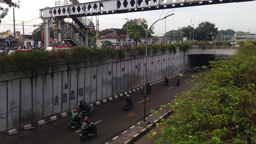 Persatuan Insinyur Tawarkan Diri Audit Seluruh Jembatan Penyeberangan di Jakarta