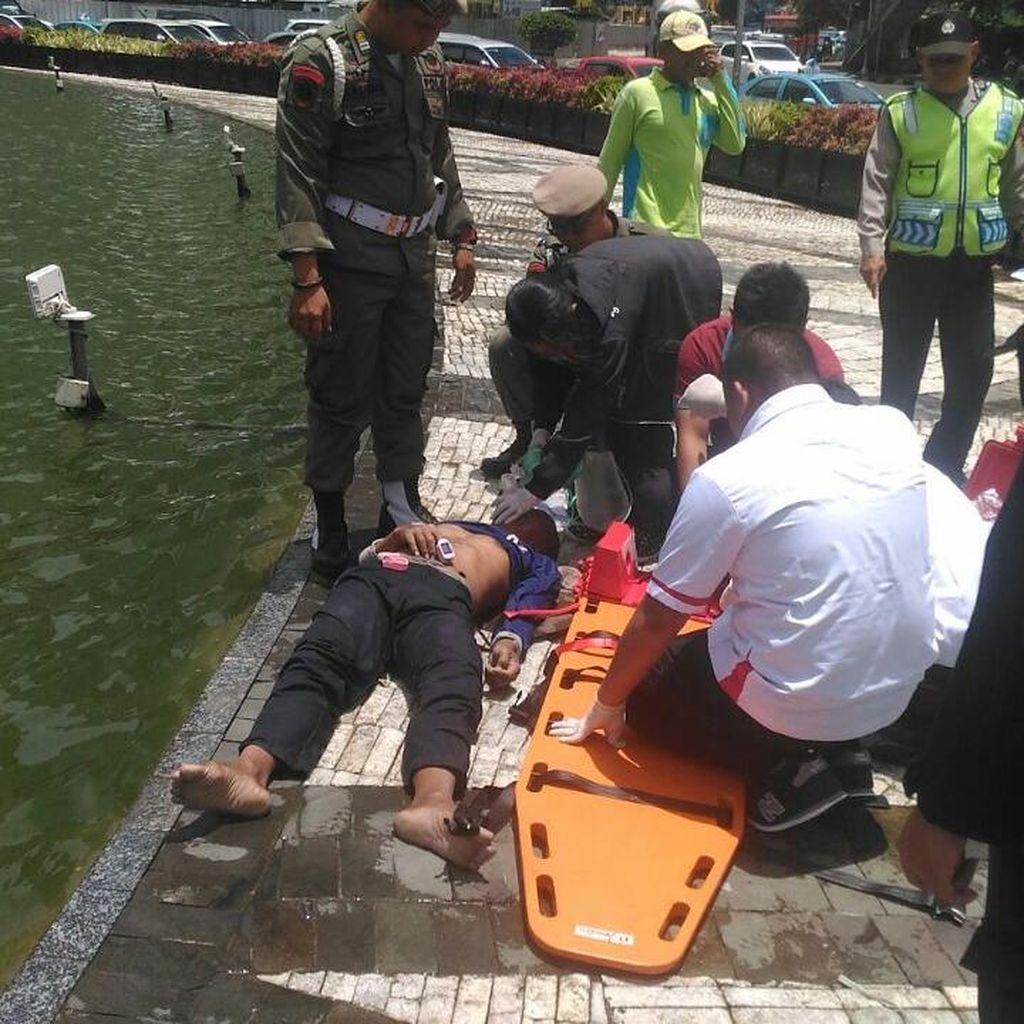 Petugas Pertamanan DKI Tewas Tercebur di Kolam Bundaran HI