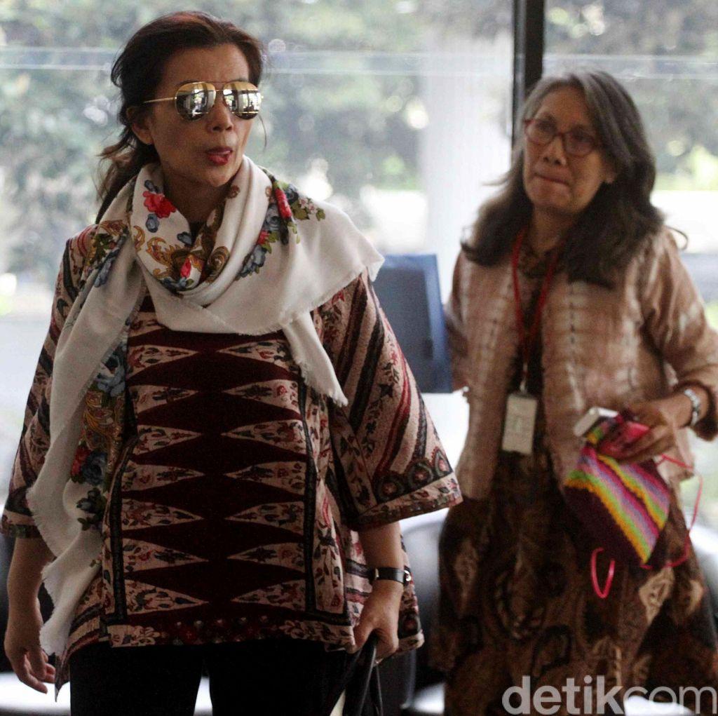 Istri Irman Gusman Mangkir dari Pemeriksaan KPK