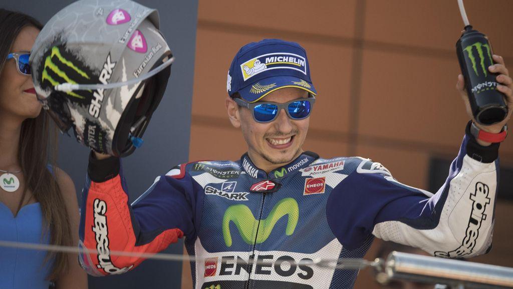 Lorenzo Terkejut Bisa Finis Kedua