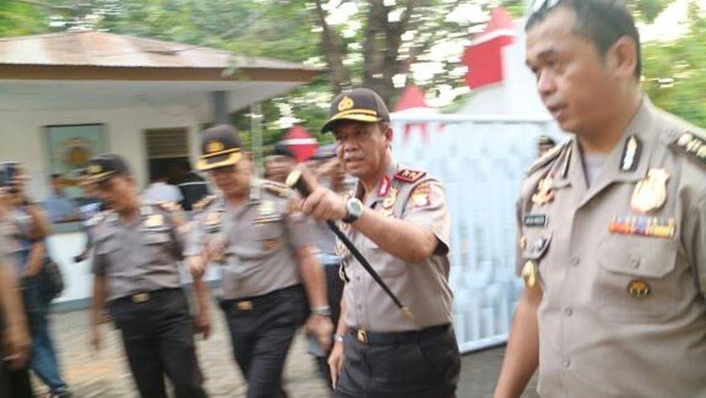 Kapolda Sulsel Tinjau Kantor DPRD Gowa: Ini Memalukan Sesama Saudara Bermusuhan