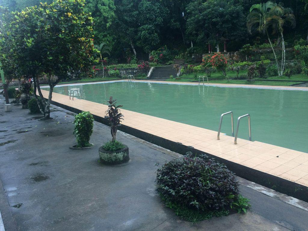 Kolam di Lombok Ini Konon Mata Airnya Bikin Enteng Jodoh