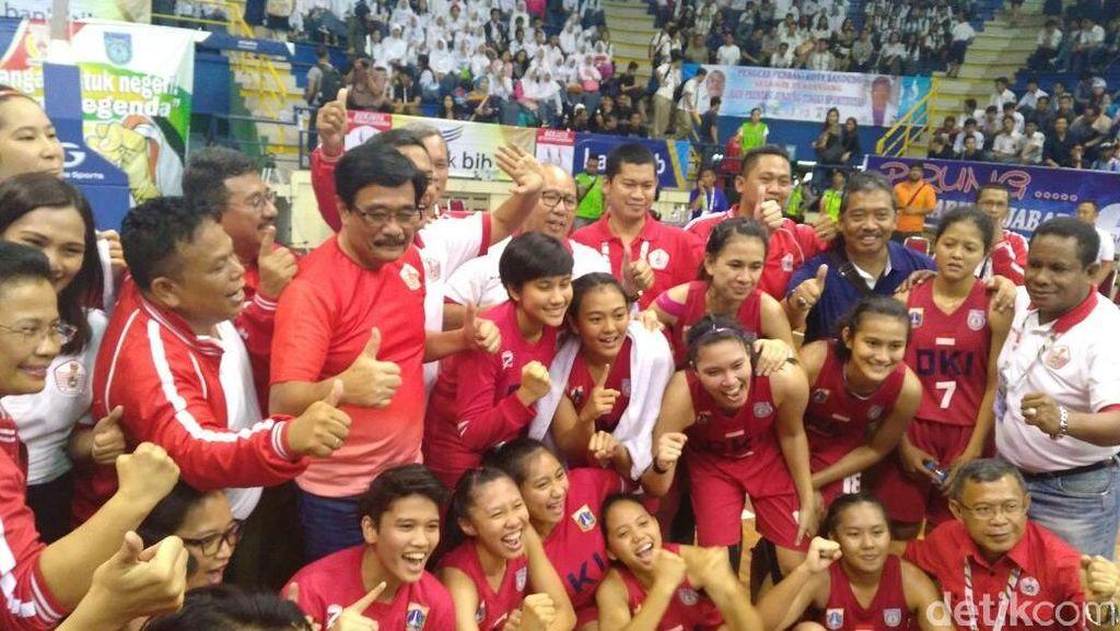 Didukung Langsung Wagubnya, DKI Kalahkan Jabar dan Melaju ke Final Basket