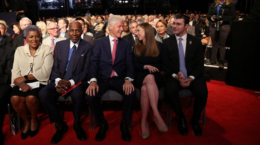 Ada Putri Hillary Saat Debat Capres, Trump Tak Mau Bahas Bill Clinton