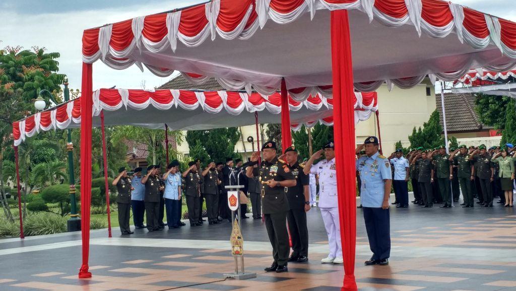 Soal Posisi TNI di Pilkada, Panglima: Kalau Ada yang Tak Netral, Laporkan!