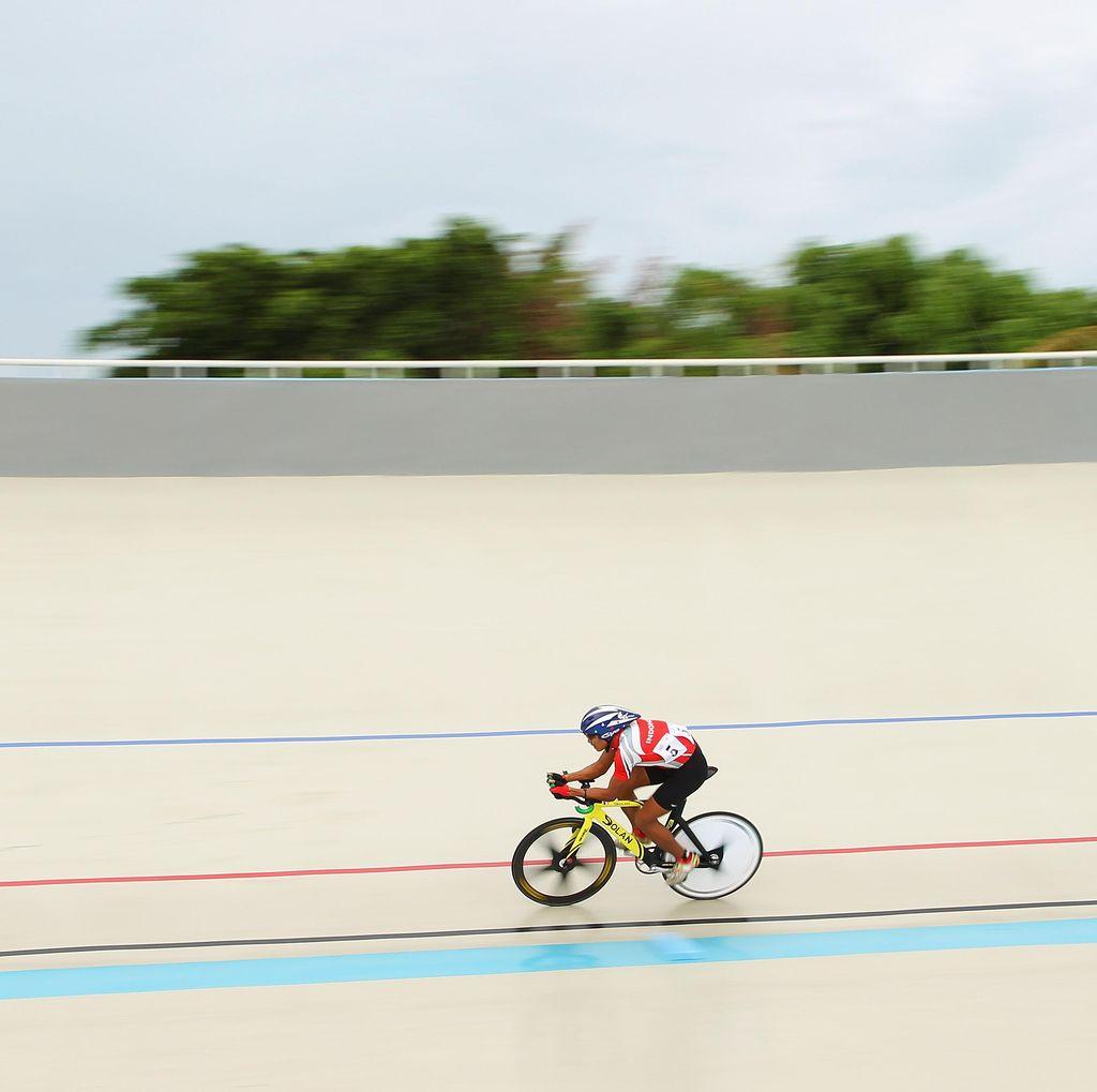 Uyun Muzizah, Pebalap Veteran Terbaik di Nomor Point Race