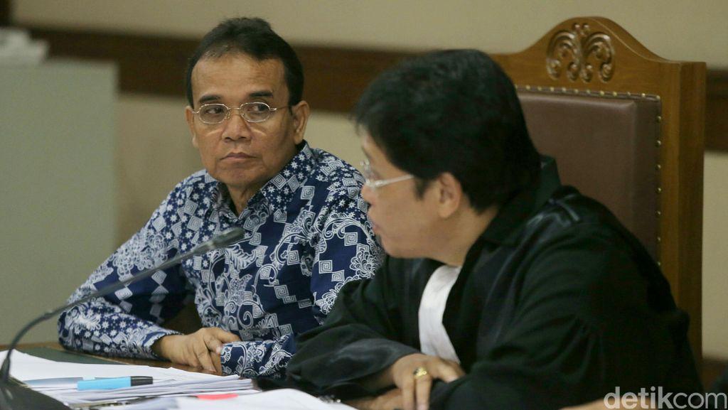 Sopir Edy Nasution Akui Pernah Antar Majikannya 2 Kali ke Rumah Nurhadi