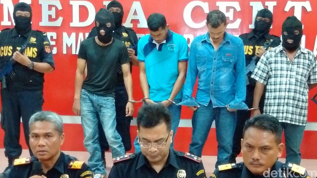 Terlihat Mencurigakan, 2 WN Malaysia ini Ketahuan Kantongi Sabu dan Heroin