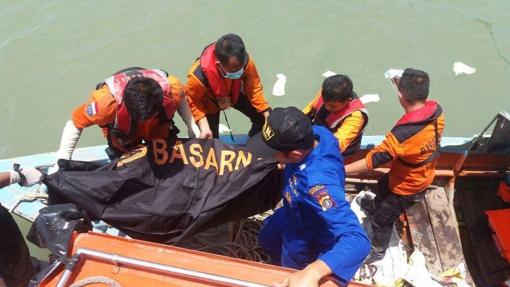 3 Mayat Ditemukan Mengapung di Selat Malaka, Diduga Korban Kapal Tenggelam