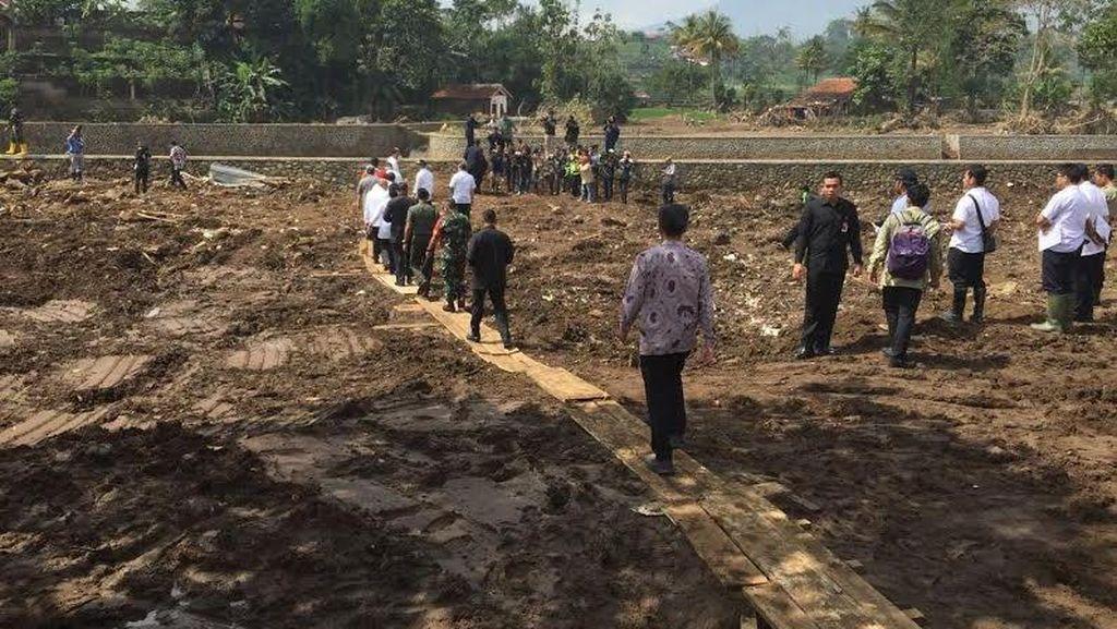 Banjir Bandang, Pemkab Garut Siap Cari Lahan untuk 2 Rusunawa Sumbangan Jokowi
