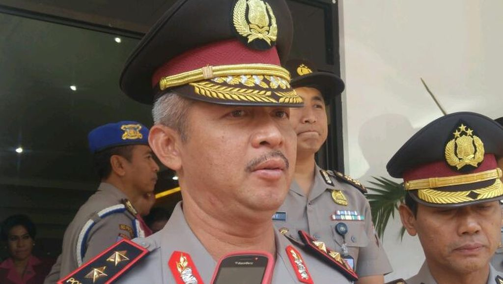 Kapolda Jateng Perintahkan Anggotanya Tetap Layani Warga Bersandal Jepit