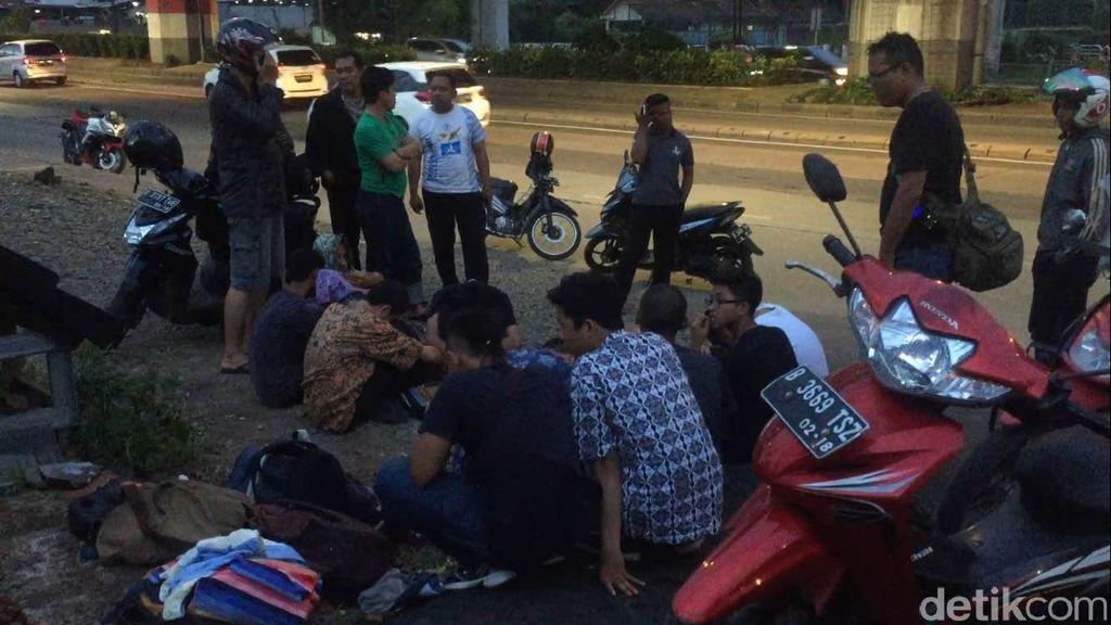 Bawa Senjata Tajam, Belasan Pelajar di Cawang Ditangkap Polisi