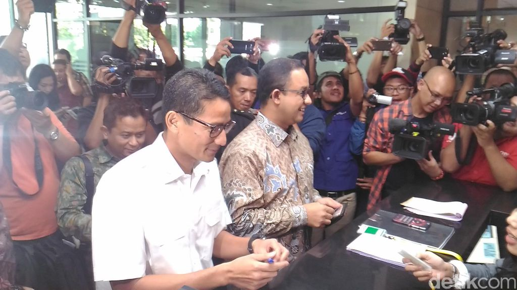Semobil ke KPK, Anies-Sandiaga Setor LHKPN sebagai Cagub-Cawagub DKI