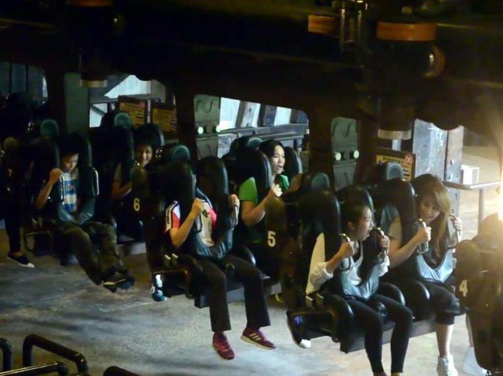 Naik Roller Coaster 'Running Man' di Taiwan, Pernah Ada yang Meninggal