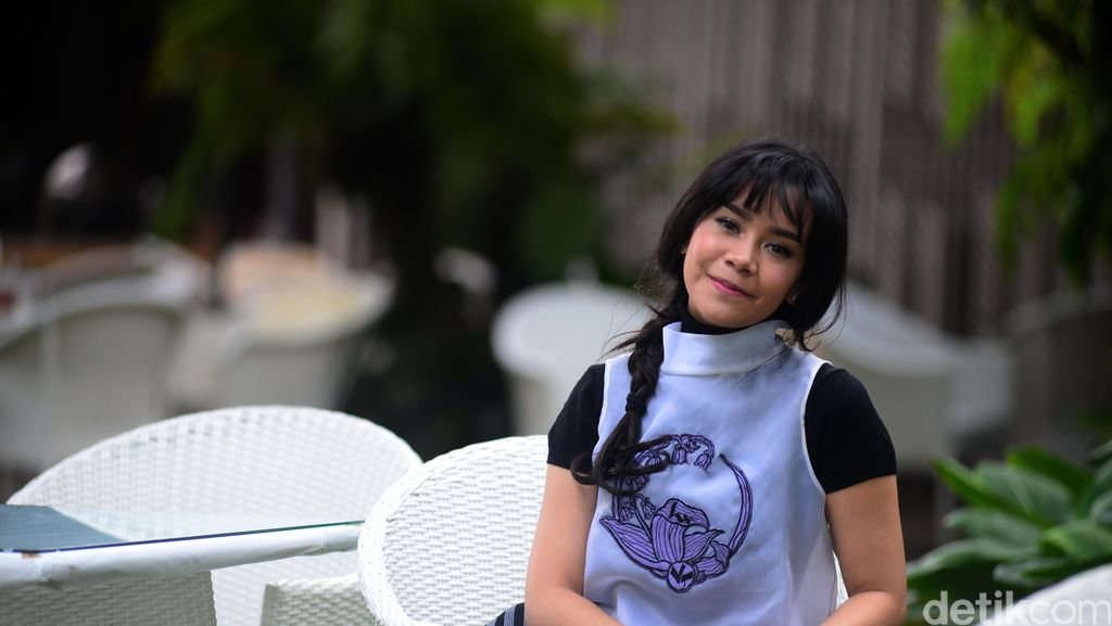 Kila Shifa Eksis Lewat Single Yang Terindah