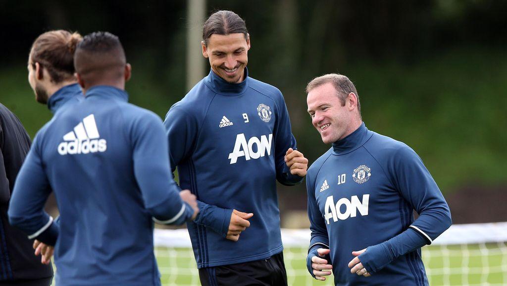 Mourinho Bakal Mainkan Ibrahimovic Sedari Awal, Belum Putuskan soal Rooney